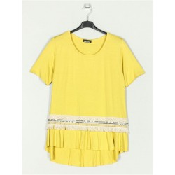 T-shirt c/ Detalhe em renda